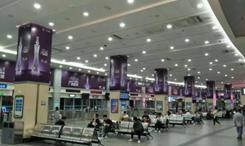 天河客运站首层候车厅8条立柱,32面(半年)