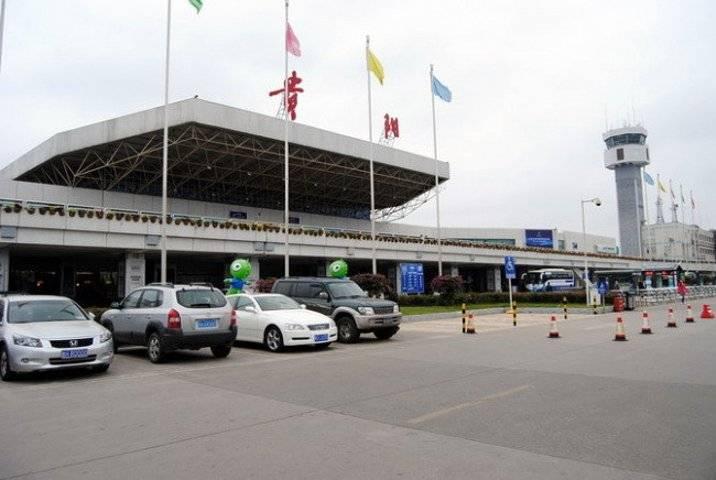 贵阳国际机场长途换乘站售票窗口LED屏(5秒  60次/天  一周)