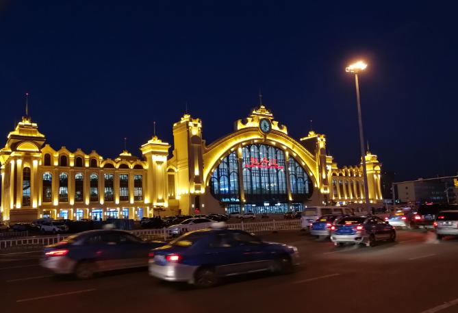 黑龙江高铁牡丹江站LED大屏进站厅(1块)