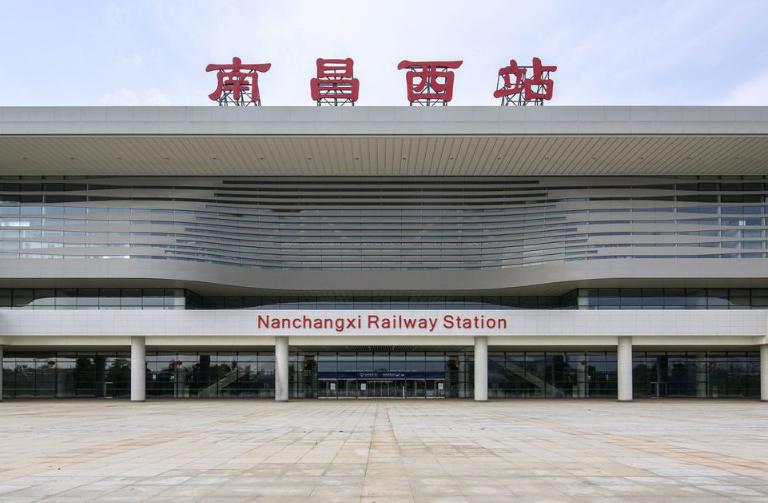 江西高铁南昌西站LED大屏候车大厅(4块)