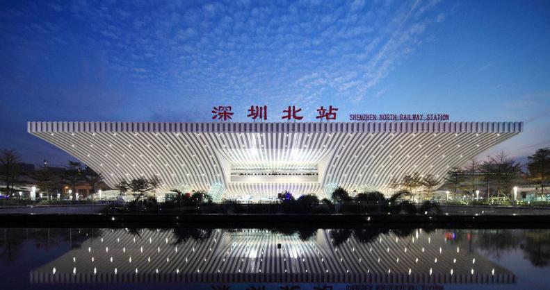 深圳高铁深圳北站LED大屏北进站口站广场 (8块)