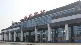 新化南站高铁站候车厅105吋LED显示屏 (2面)