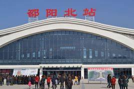 邵阳北站高铁站检票口105吋LED 显示屏广告(2面)