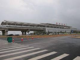 珠海北站高铁站105吋LED显示屏广告(4面)