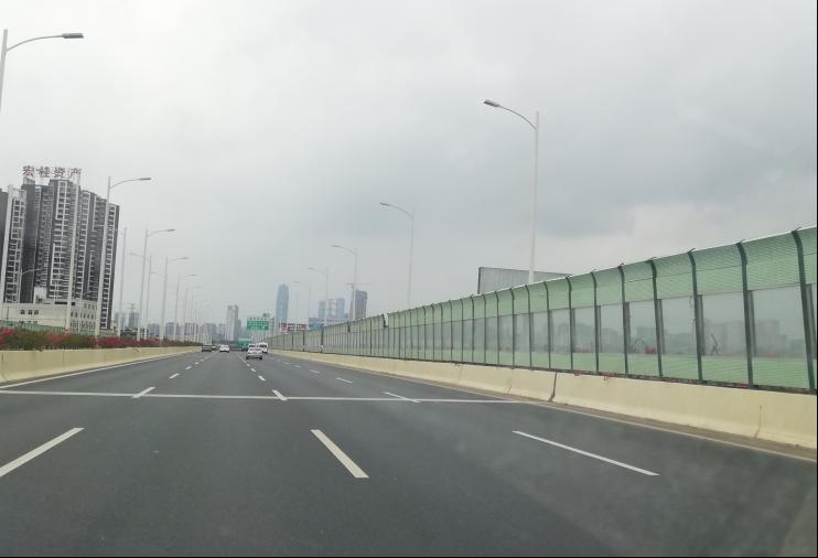 G72泉南高速柳南段三岸至南宁东LQ12户外广告牌