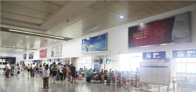 青岛机场T1出发层灯箱广告(一个月)CY-Q1-T1至 CY-Q8-T1