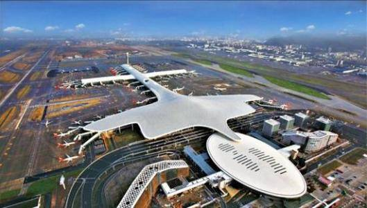 深圳宝安国际机场F3国际候机区墙体灯箱广告LW02(一年)