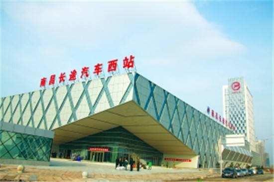 南昌长途客运站6个49寸落地屏(一周)